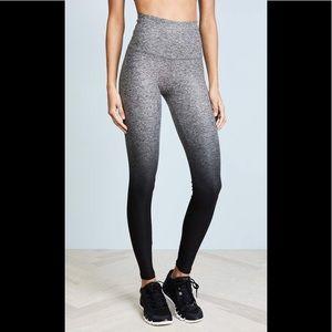 Beyond Yoga Ombré High Waist Pants Size Small!